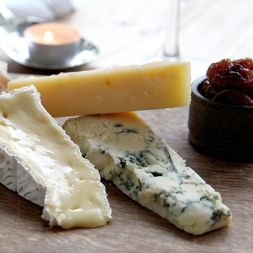 Cheeses (x3), Chutney, Homemade Crackers